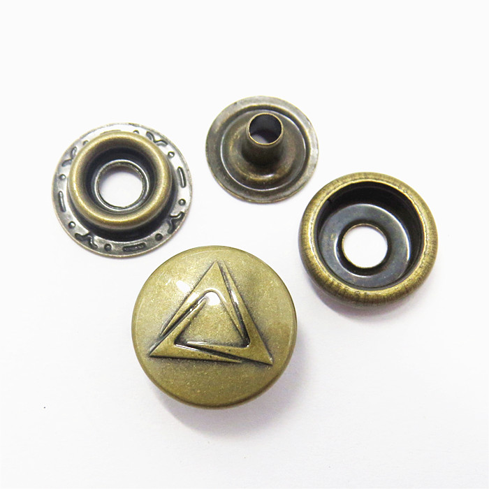 15mm Antique Brass Engraved Logo Snap Button For Clothes